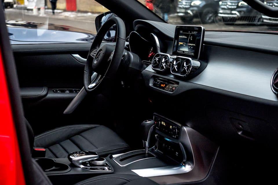 Mercedes-Benz X-Class Interior